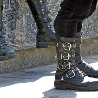 How to Make Medieval Leather Boots