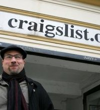 When you join the Craigslist online service to buy and sell items for your business or fill staff positions, you gain the ability to flag postings, ...