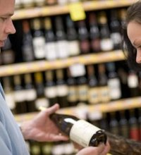 The alcoholic beverage industry has changed drastically since the Prohibition era. In 2007, the Census Bureau reported more than 31,000 liquor stores ...