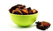 What Causes Stomachaches from Dried Fruit?