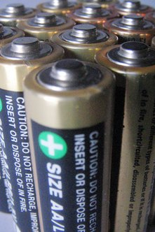 Discover how to launch a battery recycling business.