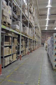 Keeping track of inventory is made easier with Quickbooks.