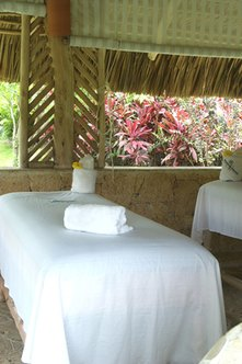 The right business name can highlight special offerings, such as outdoor massage.