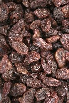 Raisins contribute to your daily fruit intake and deliver energy.
