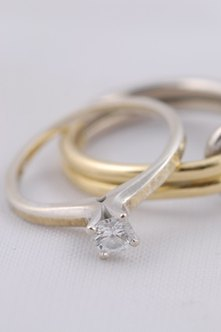 Marketing engagement rings can attract customers and boost sales.
