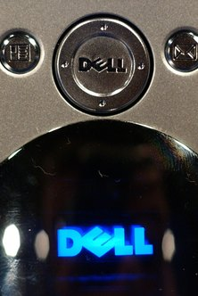 Dell Axim devices run the Windows Mobile operating system.