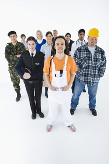 advantages of diversity in the workplace This study examines the measurement of the costs and benefits of workforce  diversity policies, ie voluntary initiatives by businesses to recruit, retain, and.