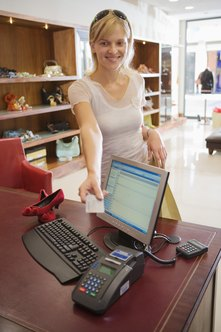 Use your desktop computer as a cash register with easy-to-install software.