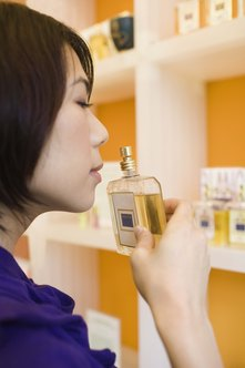Choose scents that evoke positive feelings for your perfumes.