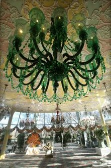 How to Date a Vintage Crystal Chandelier