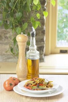 Apple vinegar is not only useful on food, but also in the garden.