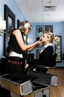 Start a flourishing career as a freelance makeup artist.