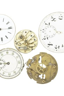 how to become a horologist
