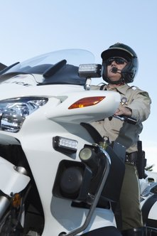 Some states accept new highway patrol officers who are up to 35 years old.
