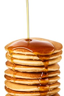 Tempt customers at your breakfast restaurant with delicious pancakes.