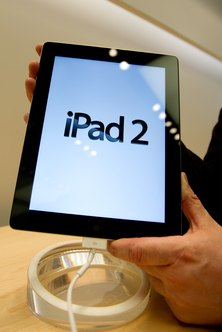 Attach a document to your email with an iPad 2.