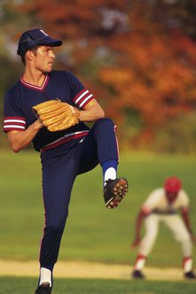 Baseball pitchers use their obliques to throw.