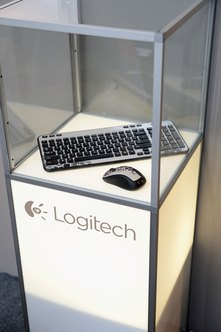 logitech keybourad how to connect and use