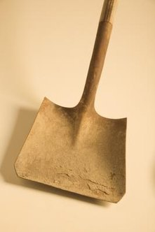 How To Clean Rusty Shovels Home Guides Sf Gate