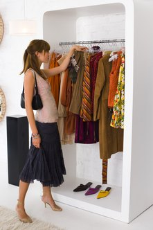 There are many ways for clothing stores to source their inventory.