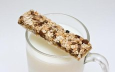 Can Protein Bars Help You Lose Weight?