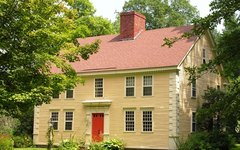 What Is a Colonial House?