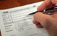 How Can I Deduct Partial-Year Real Estate Taxes From My Tax Bill?