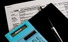 How to Claim a Closing Cost Deduction on a Tax Return