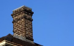 How to Fix Cracks in a Stone Chimney
