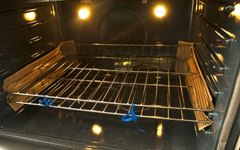 How to Keep Oven Racks From Sticking
