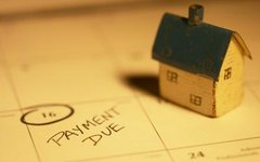 Are Property Taxes Included in My Monthly FHA Mortgage Amount?