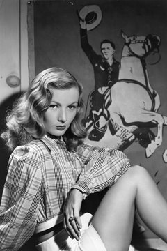 Capture Veronica Lake's look with these easy-to-do waves.