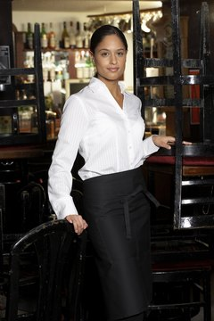 Waitressing is a good job to earn extra money.
