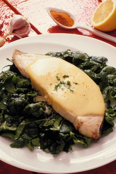 Spinach is high in potassium, while poultry is a good source of lean protein to keep your heart healthy.