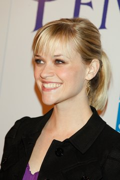 Upgrade your daily ponytail with a sleek finish like Reese Witherspoon's.