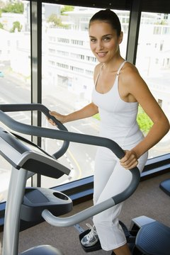 You can incorporate elliptical machine workouts with your 5K training on non-run days to give your knees a break.