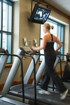 A treadmill can improve or damage your knees.