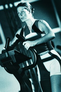 A stair climber can help or harm your knees.