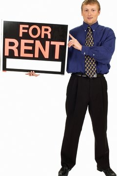The cost of advertising is a valid deduction, even when the rental's unoccupied.