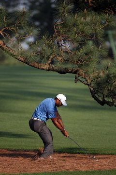 When Tiger Woods is most dominant, he's focused on where the ball is going, not what his swing looks like.