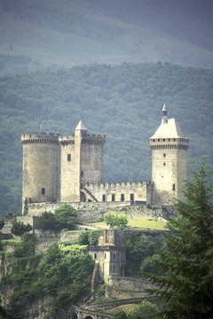 The Chateaux de Foix, in France, features both square and round towers.