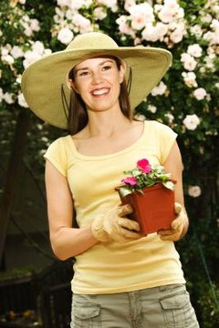 your own fabric garden hat, a wide brim