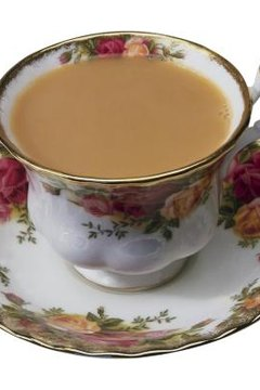 British china manufacturers, many popular, rose-themed patterns