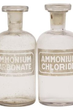 Crystalline ammonium chloride salt can be stored in glass vials.