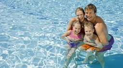 How to Get New Pool Water in Safe Swimming Condition