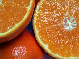 What Are the Advantages of Eating Oranges