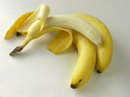 How Many Different Vitamins Do Bananas Have?