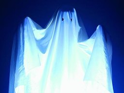 How to Make a Hanging Ghost Outdoors