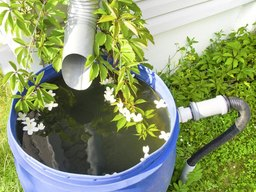 How to Attach a Faucet to a Rain Barrel