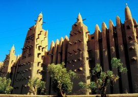 The Great Mosque at Djenne, Mali, is an example of the merger of Islamic and West African architectural styles.